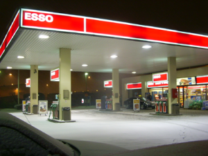Esso_gas_station_finland